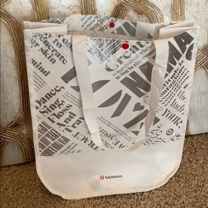Meduim/Tall reusable lululemon bag
